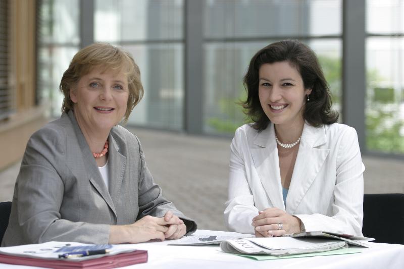 Dorothee Bär mit Bundeskanzlerin Angela Merkel